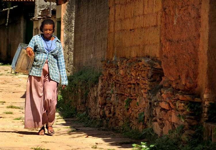 Filme sobre Cora Coralina esteia no Teatro São Joaquim