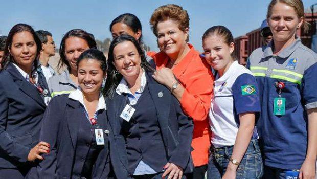 Dilma: porto seco e Norte-Sul trarão produtos de Manaus