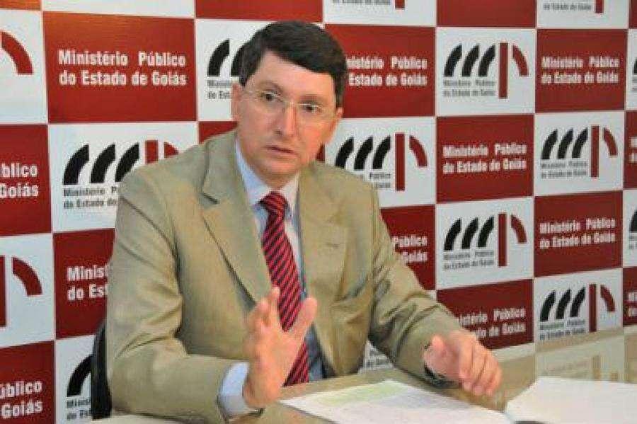 MP pede revisão geral da remuneração dos servidores públicos do Estado de Goiás