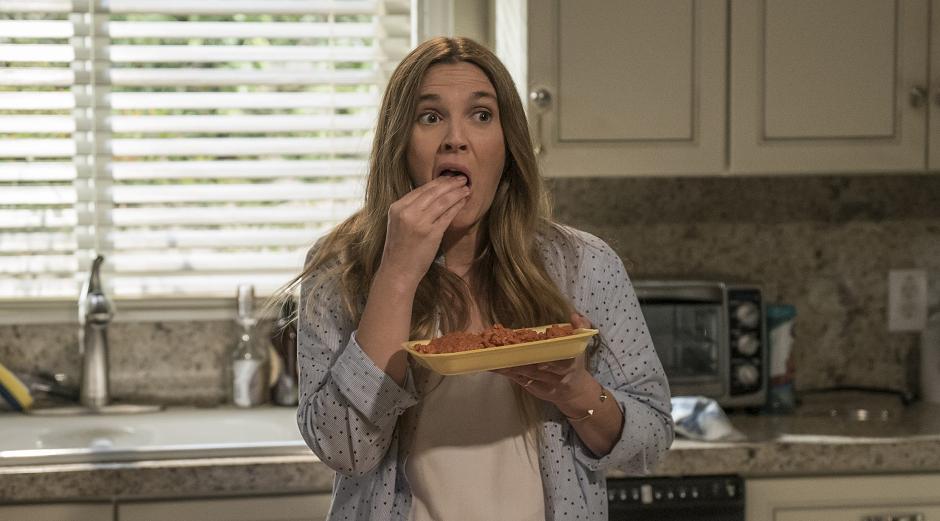 Veja Drew Barrymore canibal em trailer de The Santa Clarita Diet