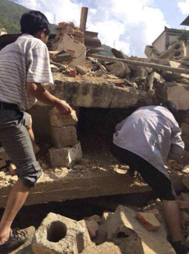Terremoto no sudoeste da China deixa ao menos 150 mortos
