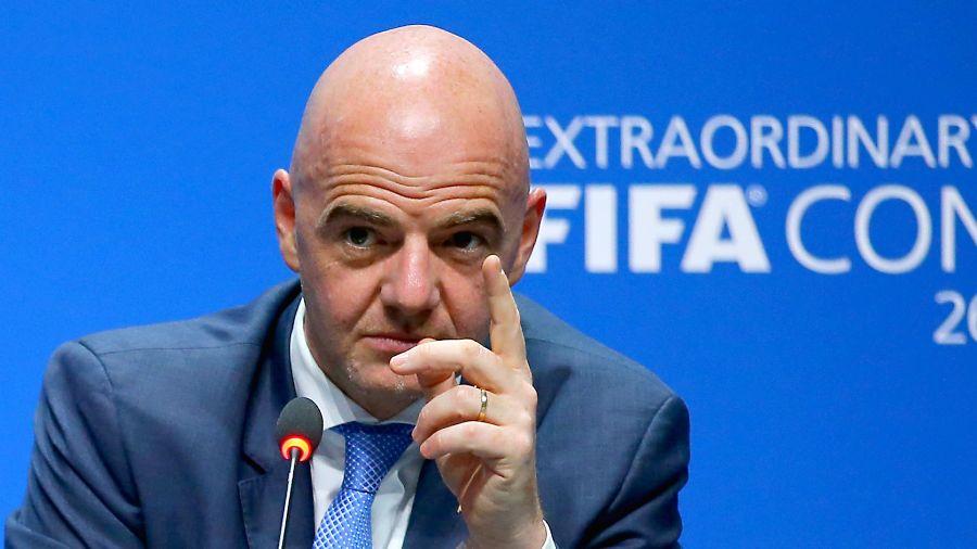 Após Copa no Brasil, dirigentes da Fifa agora prometem relaxar o seu 'padrão'