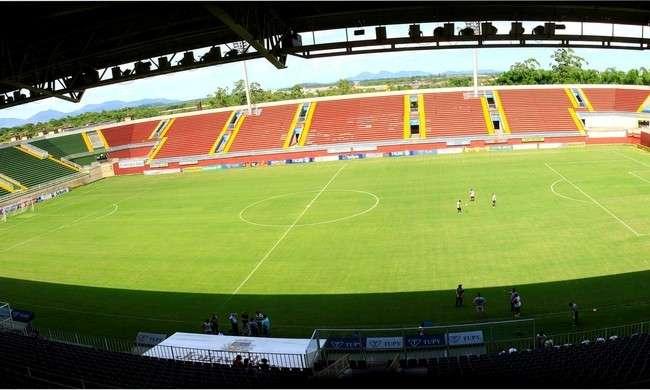 Duelo entre Joinville e Atlético é adiado por conta de mau tempo