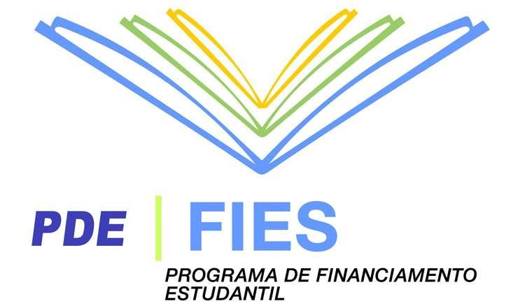 Fies já fez 242 mil novos contratos, segundo balanço do MEC
