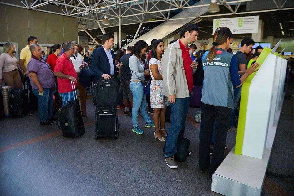 Anac lamenta transtornos em aeroportos e diz que novas regras visam segurança