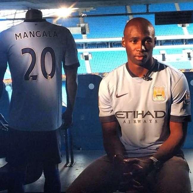 Manchester City contrata zagueiro da seleção francesa