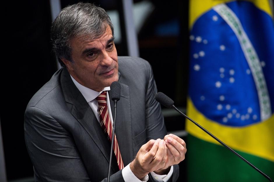 Defesa de Dilma pede anulação de decisão do Senado no STF