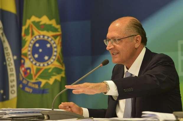PSDB-SP lança Alckmin como candidato à Presidência em 2018