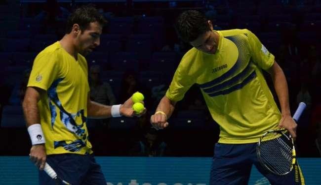 Brasileiro quebra tabu de 14 anos e pegará favoritos em decisão do ATP Finals
