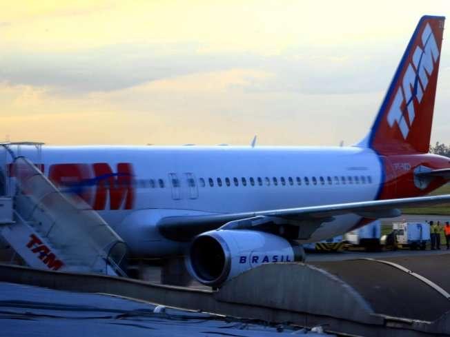 Chuva forte em Brasília faz empresas desviarem voos para o aeroporto de Goiânia