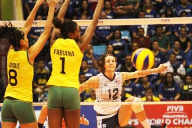 Brasil bate EUA e amplia campanha 100% no Grand Prix