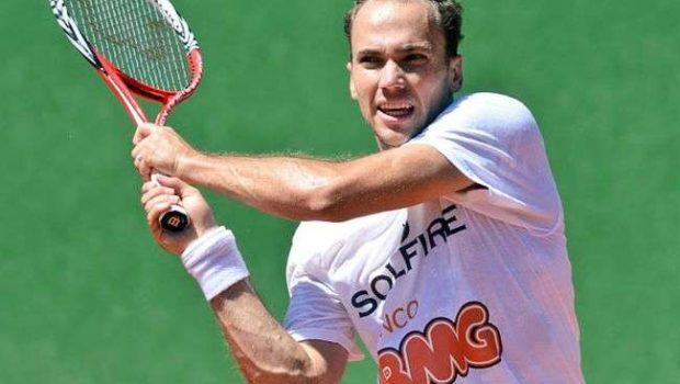 Soares avança às semifinais nas duplas no Canadá