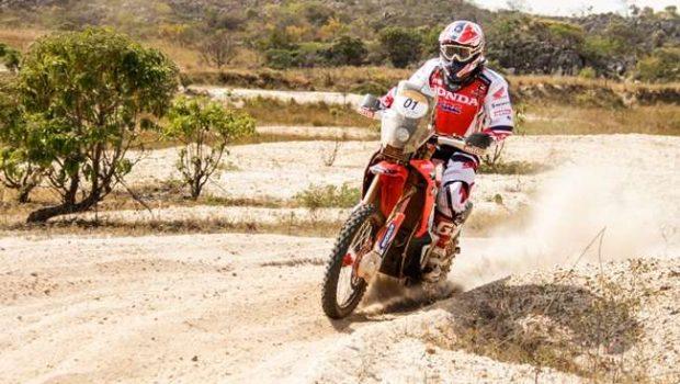 Sertões: Paulo Gonçalves e Jean Azevedo fazem dobradinha Honda em penúltima etapa