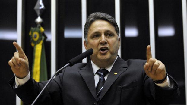 MP do Rio pede à Justiça Eleitoral prisão do ex-governador Anthony Garotinho
