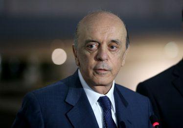 Serra reassume mandato de senador pelo PSDB de SP, mas não comparece ao Senado