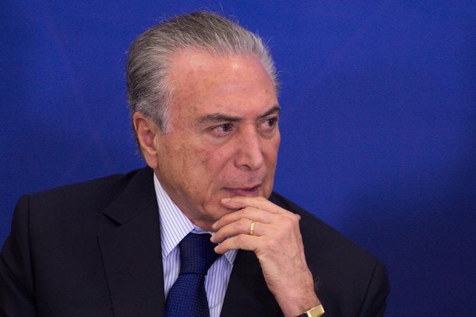 Eventual volta de Lula em 2018 é 'dor de cabeça' para Temer, diz Financial Times