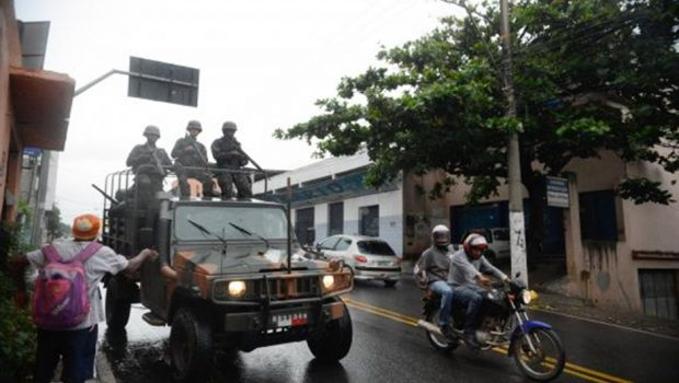Governo e representantes de mulheres de PMs iniciam negociação no Espírito Santo