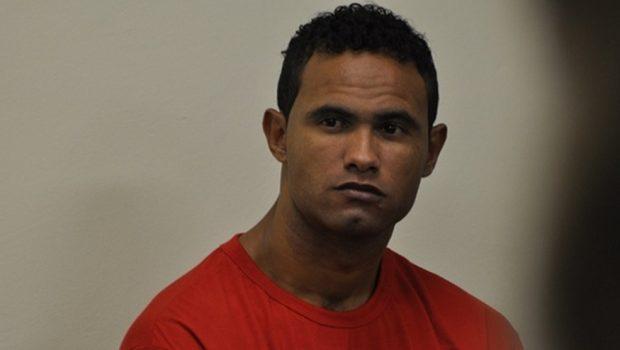 Advogado diz que ex-goleiro Bruno tem propostas para voltar a jogar