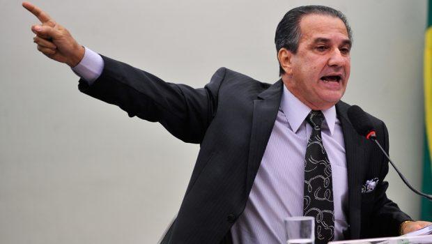 Silas Malafaia diz que situação de Bolsonaro 'ficará ruim' se não transferir embaixada em Israel
