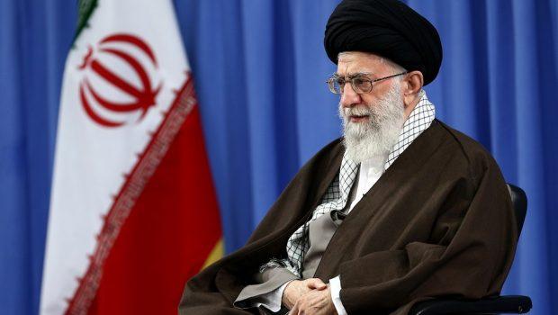 """Líder Supremo do Irã critica Trump e diz que ele mostra """"face real dos EUA"""""""