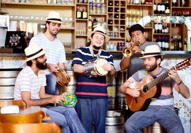 5 restaurantes para pular Carnaval em Goiânia