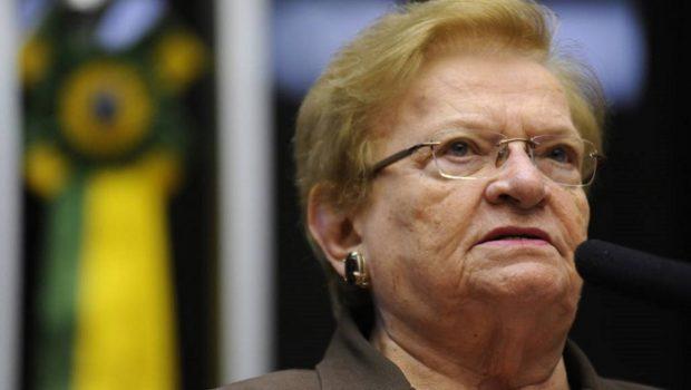Luiza Erundina registra candidatura à presidência da Câmara dos Deputados