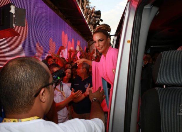 Ivete Sangalo em Salvador: 'Já me sinto gostosa, mas é bom se sentir ainda mais'