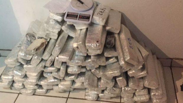 Mais de 100 quilos de drogas são apreendidos em Aragarças