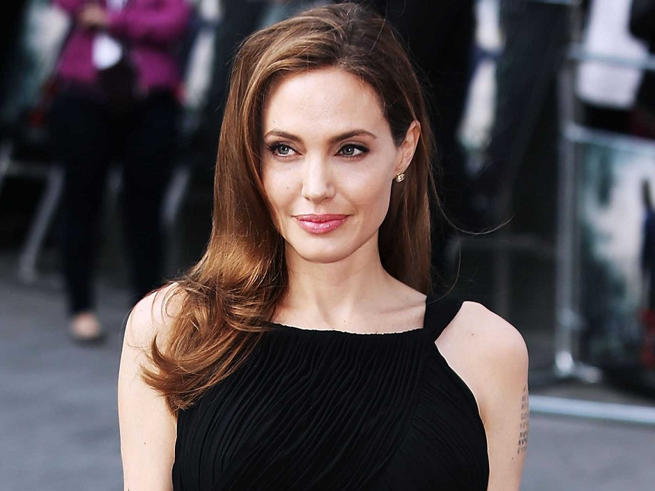 """Angelina Jolie: """"Eu não gosto de ser solteira. Não tem nada de bom nisso"""""""