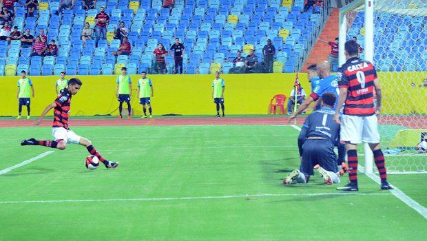 Na estreia do Olímpico em 2017, Atlético vence Crac e mantém liderança do Grupo B