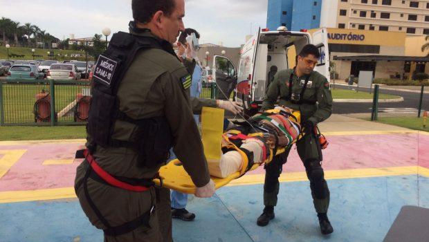 Ciclista sofre traumatismo cranioencefálico após acidente com veículo, em Goianira