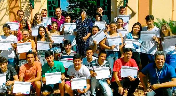 Passe Livre amplia e vai atender mais 22 mil estudantes de Anápolis e Rio Verde