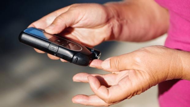 Grupo estuda 'bafômetro' para detectar diabete