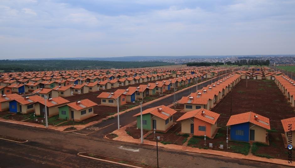 Investimentos habitacionais vão aumentar em 2018, diz Moreira Franco