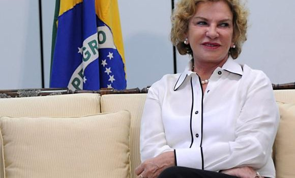 Exame constata que Marisa não tem atividade cerebral e Lula autoriza doação de órgãos