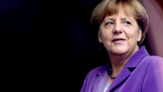 Alemanha: Merkel é indicada formalmente para concorrer nas eleições