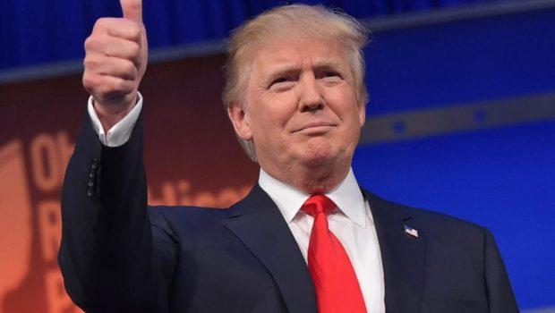 """Trump diz que vai permitir aqueles que """"querem amar o nosso país"""""""