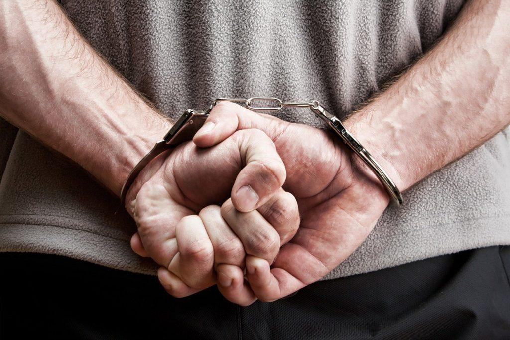 Operação prende suspeitos de roubos de veículos na capital