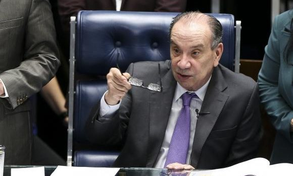 Aloysio Nunes será novo ministro das Relações Exteriores