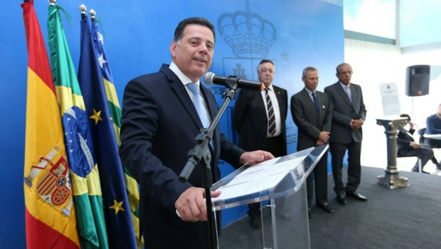 Revista Veja destaca que Marconi recebeu todos os prefeitos e lançará programa de investimentos