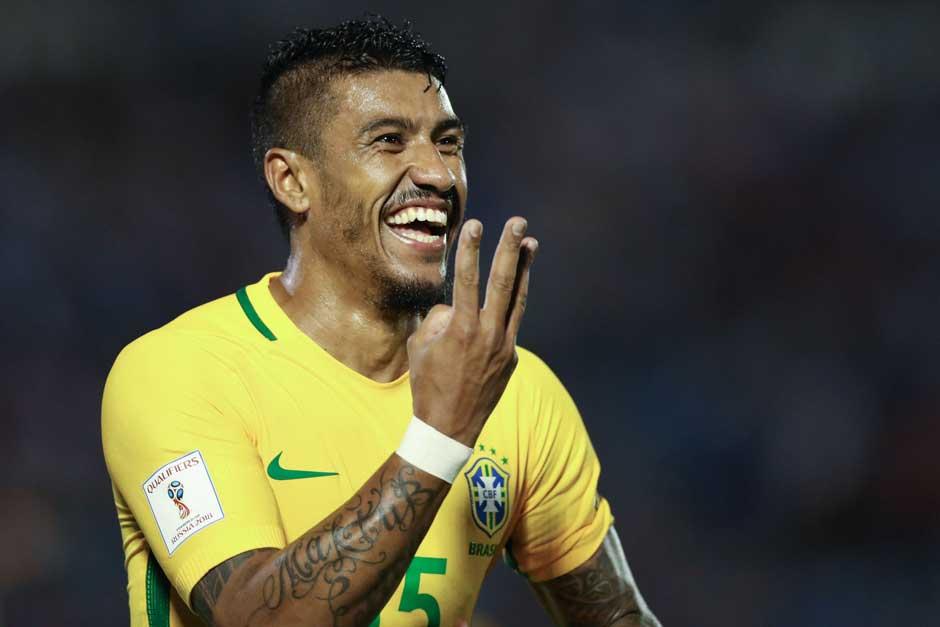Com 3 de Paulinho, Brasil goleia o Uruguai de virada e fica a um passo da Copa
