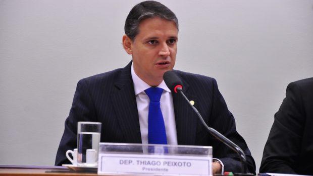 """""""É fundamental garantir financiamento para Educação"""", diz Thiago Peixoto"""