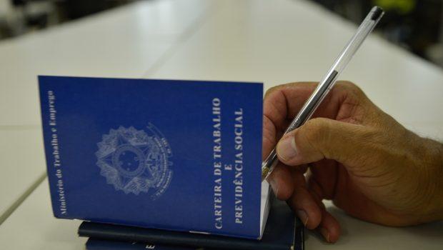 Oposição na Câmara começa a coletar assinaturas para criar CPI da Previdência
