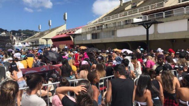 Sem dó, internautas riem de fãs que perderam a fila para show de Justin Bieber