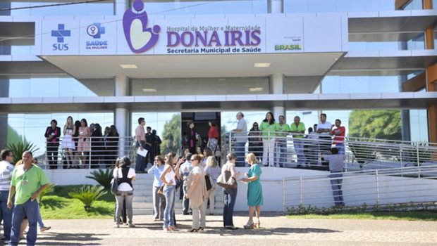 Manifestação pede continuidade dos atendimentos no Hospital Dona Iris