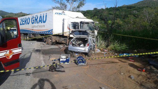 Mortes nas rodovias goianas triplicaram no Carnaval deste ano