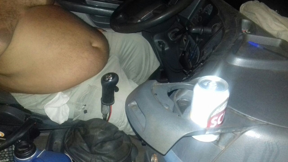 Caminhoneiro embriagado é preso na BR-153, em Santa Teresa de Goiás