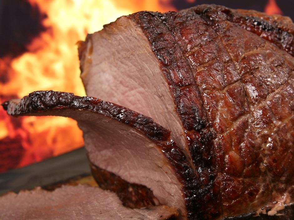 Festa ao estilo texano terá open food de carnes premium em Goiânia