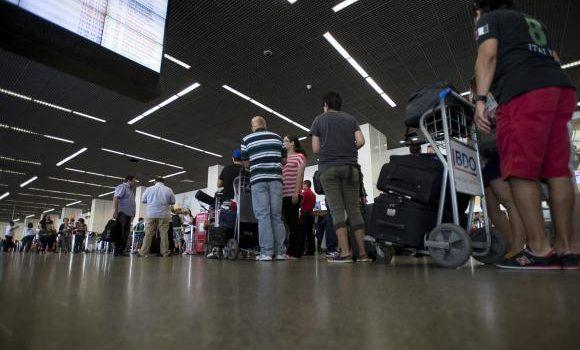 MPF pede anulação de regra da Anac que permite cobrança de bagagem em voos
