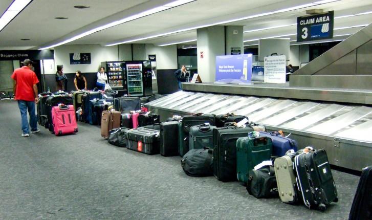 Justiça mantém suspensão da cobrança por despacho de bagagens